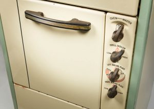 GEC cooker, made in Dunleer, Co. Louth, 1950s (NMI)